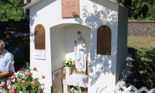 Családi imahelyeink Devecser- Szentkúton és Kolontáron